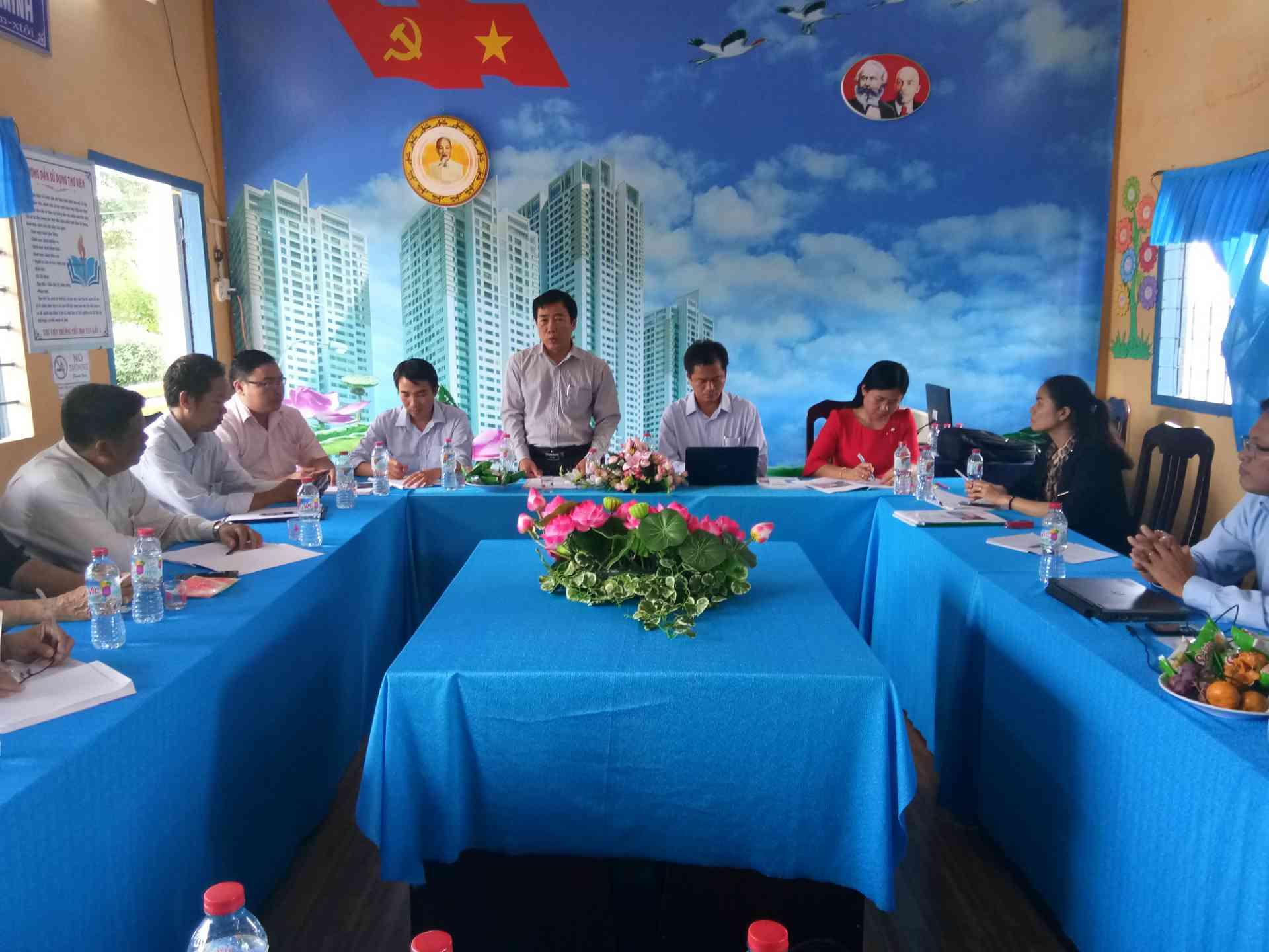 Ông Nguyễn Minh Tâm, Phó Giám đốc Sở GDĐT – Trưởng đoàn kiểm tra, phát biểu kết luận sau buổi kiểm tra